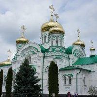 Собор в честь Святой Троицы. Построен в 1910 г. по проекту арх. Ф.Н. Малиновского :: Елена Павлова (Смолова)