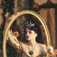 Зеркало Королевы :: Татьяна Семёнова