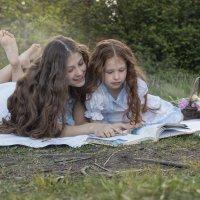 чтение на природе.. :: Надежда Шемякина