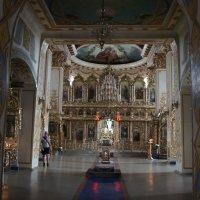 Собор Грузинской иконы Божией Матери. Интерьер, вид от входа в храм :: Елена Павлова (Смолова)