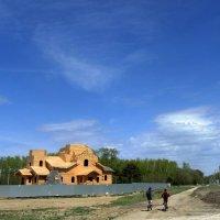 Строится новый храм. :: Мила Бовкун