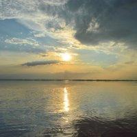 Закат на малиновом озере. :: Маргарита Кириллова