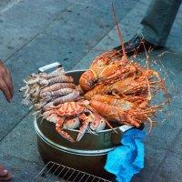 Ужин на улицах Нячанга :: Виктор Куприянов