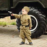 Пусть наши дети никогда не узнают что такое война..... :: Серафима Марченко