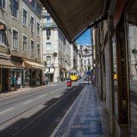 Улочки Лиссабона :: Константин Шабалин