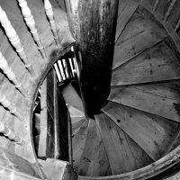 Крутая лестница :: Ирина Бархатова