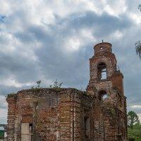 Никольская церковь в Спасском :: Сергей Цветков