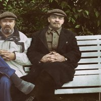 пенсионеры отдыхают :: alex kahovskiy