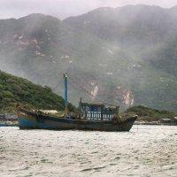 В прибрежных водах Нячанга :: Виктор Куприянов