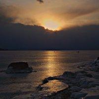 Закат над Ольхоном (Байкал) :: Нина