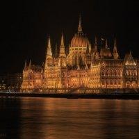 Здание парламента(Будапешт) :: михаил