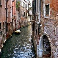 Венецианская улочка :: Елена
