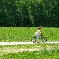 проба велосипеда :: елена