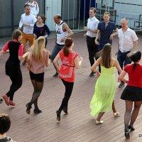 ритмы города-танцы :: Олег Лукьянов