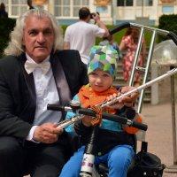 Мальчик и музыкант :: Светлана Шарафутдинова