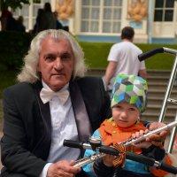 Музыкант и мальчик :: Светлана Шарафутдинова