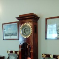 Интерьер со старинными часами из усадьбы Державина. (Санкт-Петербург) :: Светлана Калмыкова
