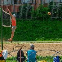 пляжный волейбол :: Дмитрий Беляков