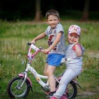 Ребята с нашего двора...** :: Виктор Грузнов