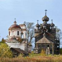 Две церкви :: Мария Кривошеина
