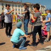 День защиты детей 3 :: Сергей Крапивин