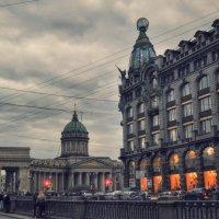 Апрельский вечер в Питере :: Галина Galyazlatotsvet