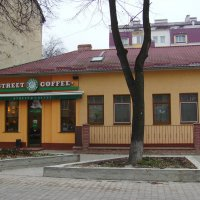 Жилищно - торговое  здание  в  Ивано - Франковске :: Андрей  Васильевич Коляскин