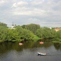 Великие Луки, июнь... :: Владимир Павлов