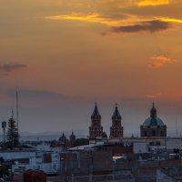 закат в Керетаро, Мексика :: Светлана Гусельникова