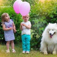 малышки и пушистый друг :: Olga Osminova