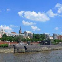 Гамбург. Русская подводная лодка-музей :: Nina Yudicheva