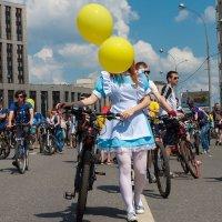 Девочка - воздушный шар или Шалтай-болтай :: Игорь Сон