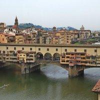 Мост Понте Веккьо во Флоренции ...весенние краски. :: Alex S.