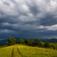 грозное небо горного алтая :: Alex AST