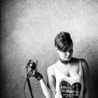 Девушка с фотоаппаратом :: Andrey Smuglin