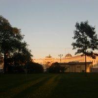 Дворцовая площадь  на закате :: Tatiana Tutatchikova