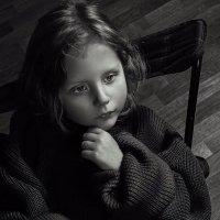 Портрет со стаканом молока. :: Юлия Мухина