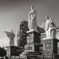 Памятник Княгине Ольге. :: Андрий Майковский