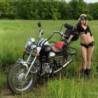 фотосеты на мотоцикле. Ксю :: Юрий Сидоров