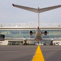 Необычный ракурс обычного аэропорта :: Роман Царев