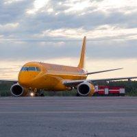 Embraer 190 Saratov Airlines в Стригино :: Роман Царев