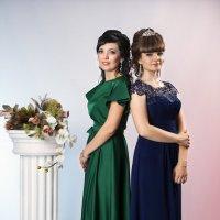 Мама и  дочка выпускница :: Николай Хондогий