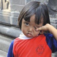 Индонезия.Малышка из Боробудура. :: Лариса Борисова