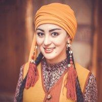 Кыргызская красавица :: Кубаныч Молдокулов