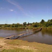 Навесной , временный мост через реку Иня. :: Мила Бовкун