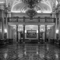 Екатериненский зал ... :: Лариса Корженевская