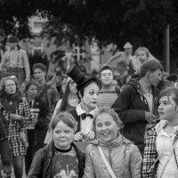 Фестиваль уличных театров :: Владимир Голиков