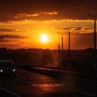 Одинокий авто путник... :: Анатолий Клепешнёв