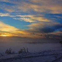 Туманный закат :: Анатолий Иргл