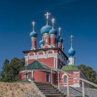 Ступени к храму :: Valeriy Piterskiy